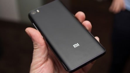 Xiaomi MINI smartphone