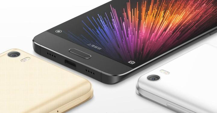 Mi Max vs Galaxy A9 Pro: big screen and huge battery battle