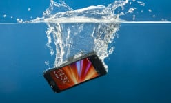 Water damaged phone: 5 easy tips to bring your phone back to life