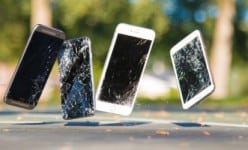 Cracked smartphone screen: How to avoid?