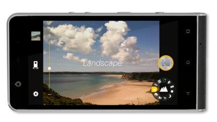 ektra-camera-ui-mockup_landscape-e1477104502753