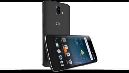 Samsung Galaxy A7 2017 VS ZTE Blade V8 Pro