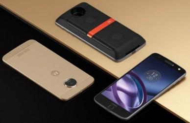 Moto E4 Plus phone