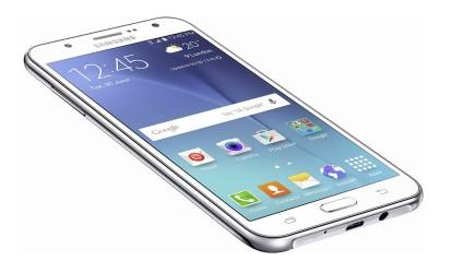 Samsung Galaxy J7 2017 handset