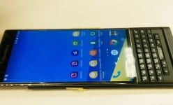 Breaking: BlackBerry Venice Android hands-on pictures leaking