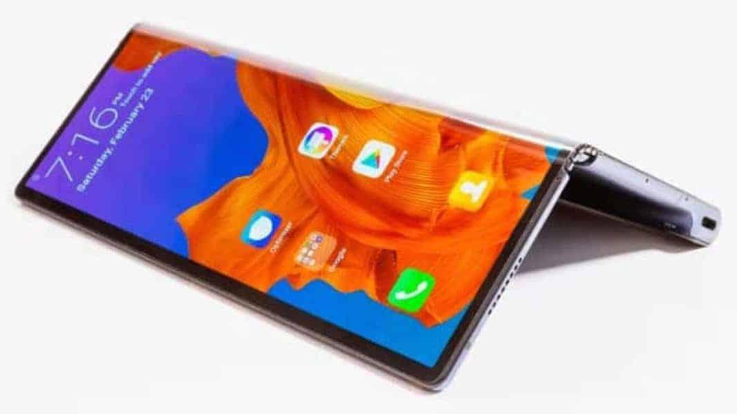 Huawei Mate X vs LG